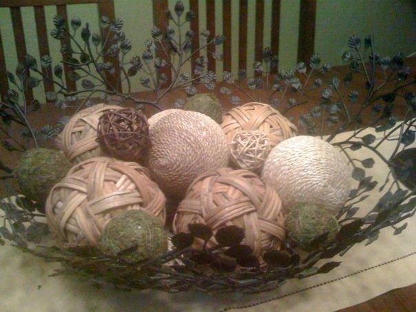 Bowl of wicker balls