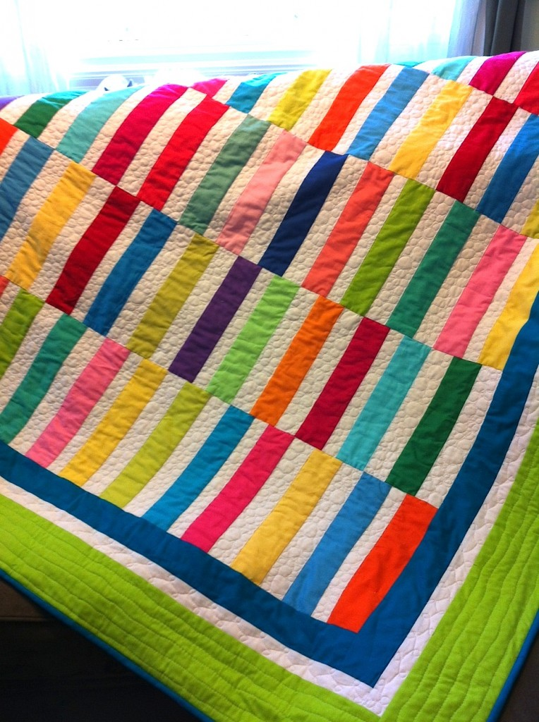 Straight and Narrow kona quilt for Robert Kaufman