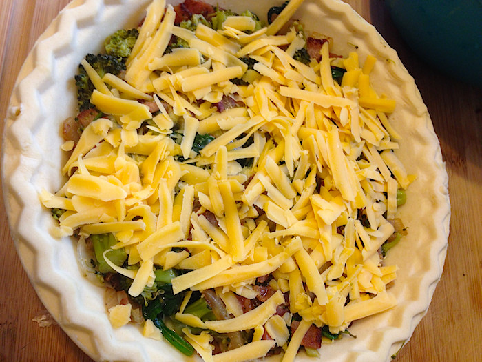 easy-cheesy-veggie-quiche-7