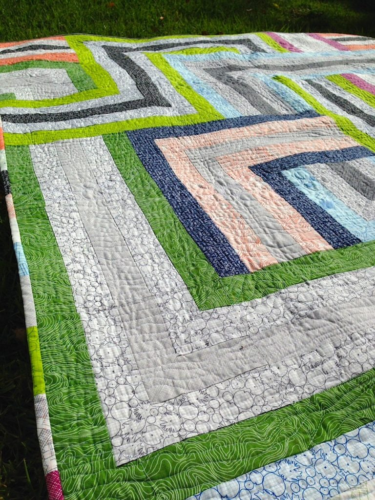 A-Maze Quilt with Architextures: A Craftsy Pattern by Better Off Thread