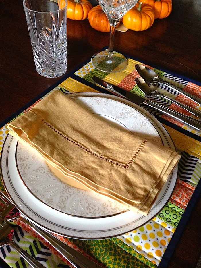 Mod Festive Placemat Tutorial At Better Off Thread #turkeytablescapes